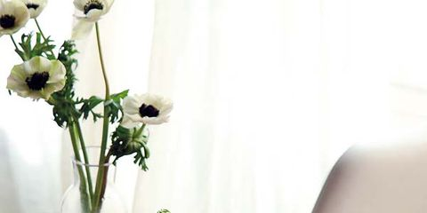 Flower, Petal, Artifact, Cut flowers, Interior design, Bouquet, Vase, Floristry, Centrepiece, Flower Arranging,