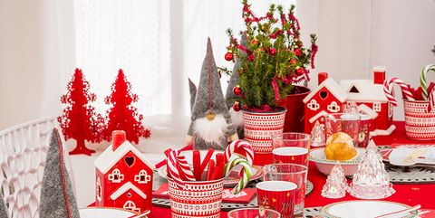 Decoration, Tablecloth, Red, Christmas eve, Christmas decoration, Table, Tableware, Textile, Meal, Christmas,