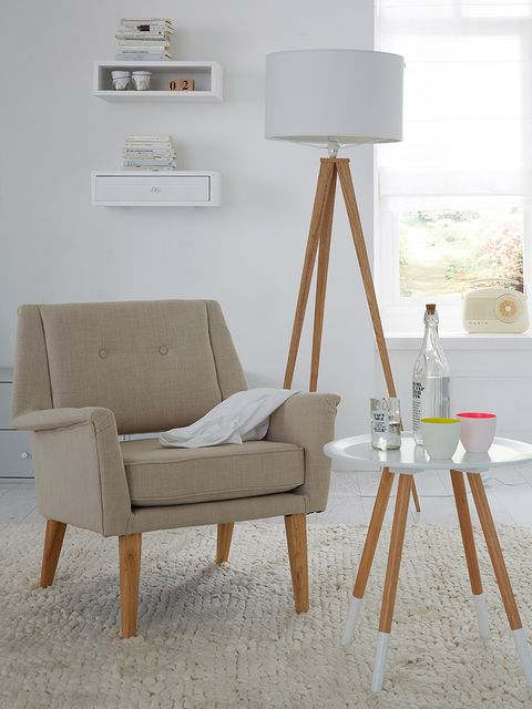 Wood, White, Room, Wall, Furniture, Lamp, Lampshade, Interior design, Grey, Beige,