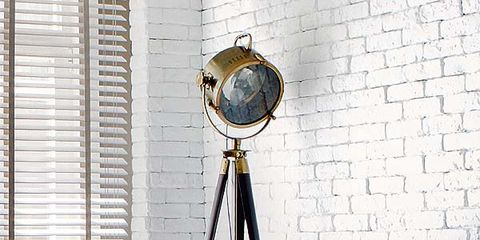 Window covering, Room, Interior design, Camera accessory, Centrepiece, Flowerpot, Interior design, Door, Window blind, Window treatment,
