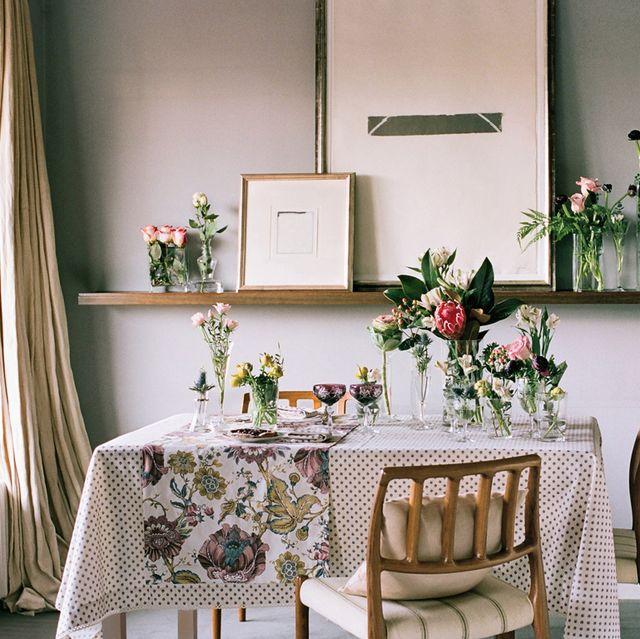 room, interior design, furniture, interior design, flower arranging, home, bouquet, floristry, window covering, linens,