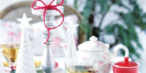 Serveware, Coffee cup, Drinkware, Dishware, Cup, Drink, Ingredient, Tableware, Teacup, Food,