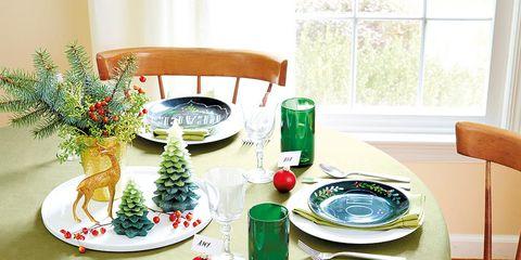 Tablecloth, Dishware, Green, Room, Table, Textile, Furniture, Serveware, Linens, Tableware,
