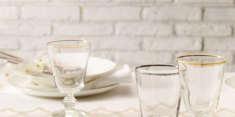 Serveware, Dishware, Glass, Drinkware, Stemware, Tableware, White, Cutlery, Kitchen utensil, Barware,
