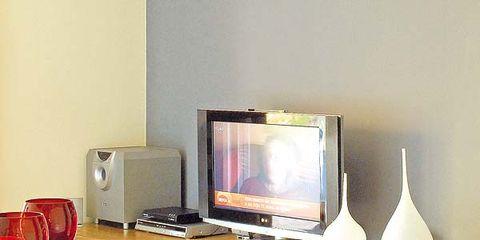 Display device, Wood, Room, Flat panel display, Electronic device, Floor, Flooring, Barware, Television set, Stemware,