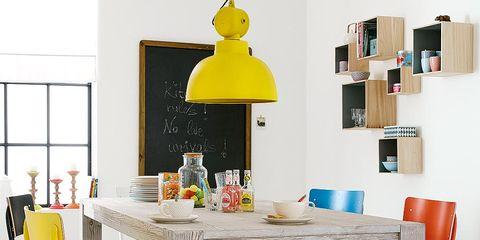Cómo decorar un comedor al natural? Muebles en madera y de colores