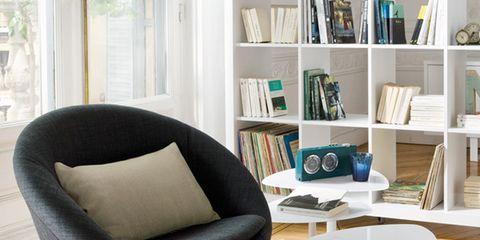 Wood, Product, Room, Floor, Office chair, Flooring, Interior design, Shelf, Shelving, Furniture,