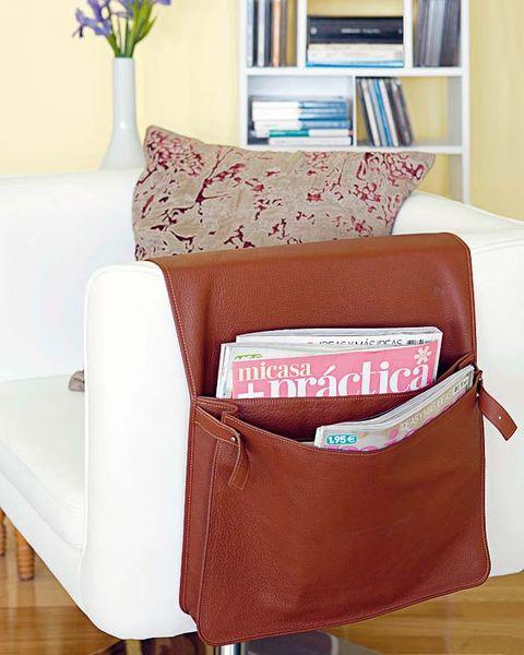 Brown, Room, Interior design, Floor, Shelf, Flooring, Shelving, Bookcase, Hardwood, Wood flooring,