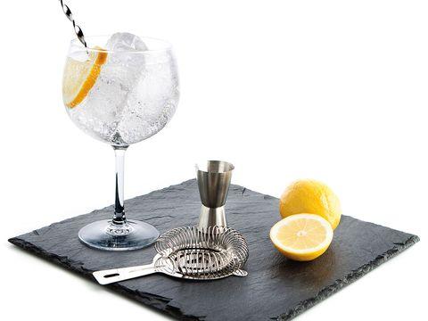 Yellow, Glass, Serveware, Drinkware, Tableware, Citrus, Dishware, Ingredient, Liquid, Lemon,