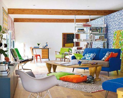 Room, Interior design, Floor, Green, Flooring, Furniture, Wall, Living room, Home, Table,