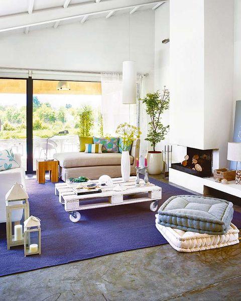 Room, Interior design, Floor, Wall, Home, Interior design, Living room, Ceiling, Houseplant, Design,