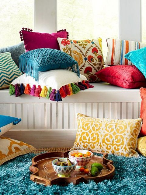 Furniture, Pillow, Room, Cushion, Living room, Throw pillow, Interior design, Turquoise, studio couch, Yellow,