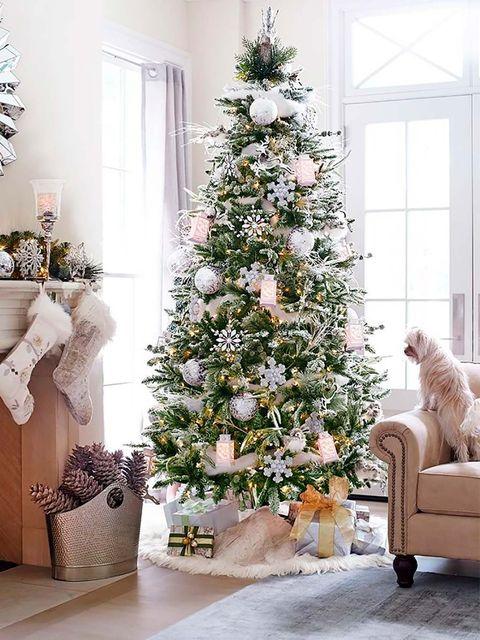 Christmas tree, Christmas decoration, White, Christmas, Tree, Christmas ornament, Room, Colorado spruce, Living room, Home,