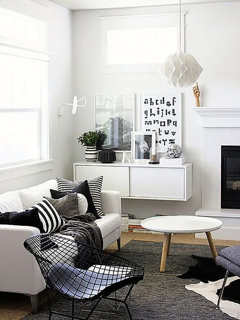 Furniture, Living room, Room, White, Interior design, Black, Black-and-white, Coffee table, Property, Table,
