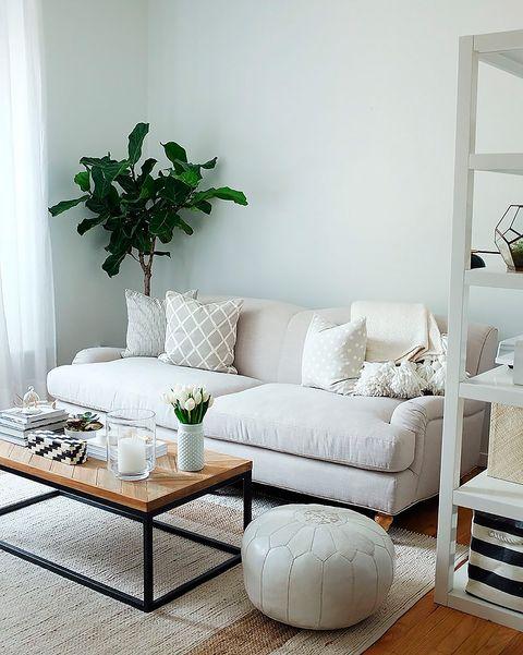 salón pequeño blanco