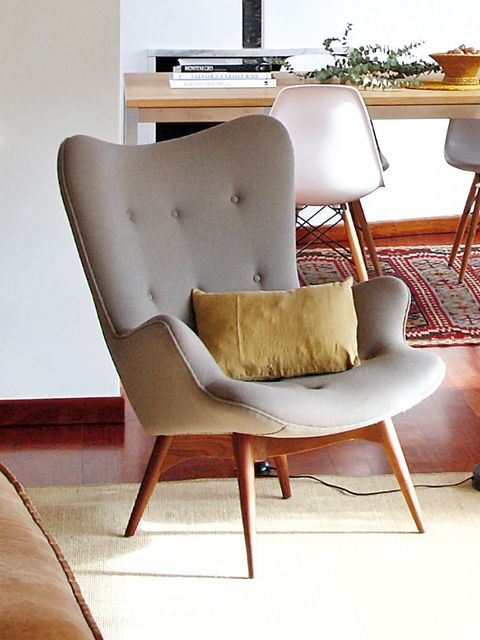 Wood, Brown, Furniture, Room, Floor, Interior design, Chair, Hardwood, Tan, Beige,