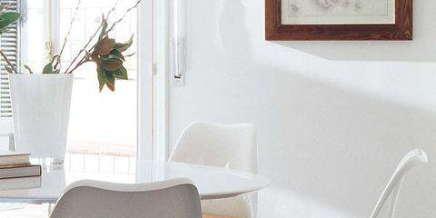 Glass, Wood, Interior design, Room, Floor, Flowerpot, Furniture, Wall, Flooring, Picture frame,