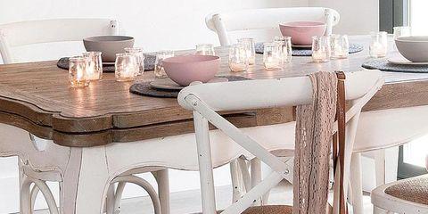 Wood, Brown, Table, Furniture, Bag, Glass, Hardwood, Tablecloth, Tan, Beige,