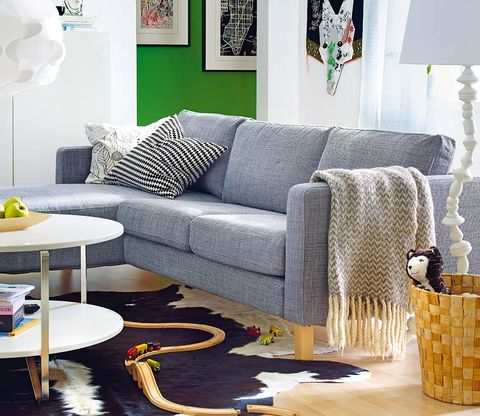 Room, Interior design, Green, Living room, Furniture, Wall, White, Couch, Table, Home,
