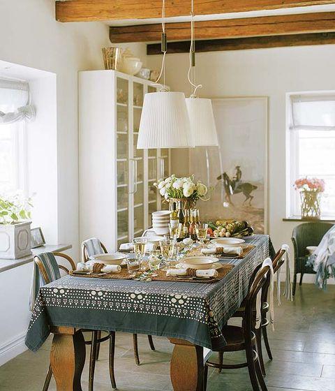 Room, Interior design, Tablecloth, Floor, Table, Furniture, Flooring, Dining room, Ceiling, Interior design,