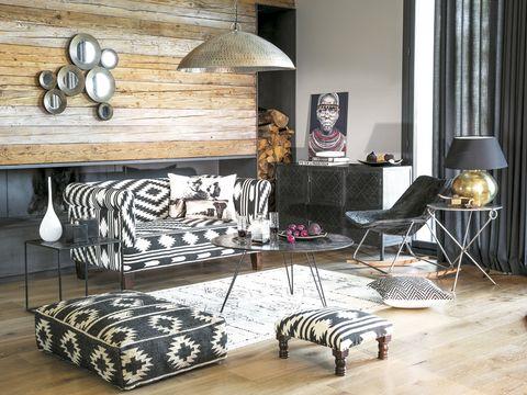 Wood, Interior design, Room, Floor, Flooring, Wall, Home, Lamp, Interior design, Living room,