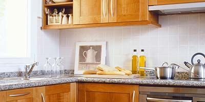 Wood, Brown, Room, Kitchen, Wood stain, Countertop, Cabinetry, Serveware, House, Home appliance,
