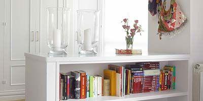 Room, Wood, Shelving, Interior design, Red, Shelf, Wall, Flooring, Grey, Book,