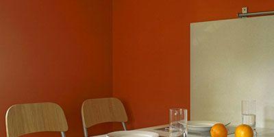 Room, Dishware, Serveware, Glass, Table, Tableware, Furniture, Orange, Interior design, Grey,