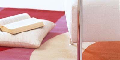 Textile, Room, Linens, Bedding, Beige, Tan, Bed sheet, Home accessories, Pillow, Throw pillow,