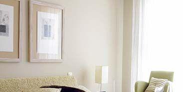 Bed, Room, Interior design, Bedding, Property, Wall, Textile, Bedroom, Bed sheet, Floor,