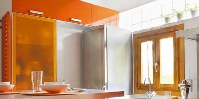 Room, Interior design, Property, Glass, Orange, Table, Wall, Ceiling, Amber, Floor,