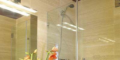 Property, Plumbing fixture, Room, Wall, Tile, Interior design, Glass, Shower head, Floor, Fixture,