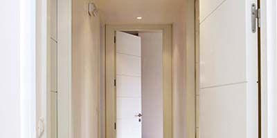 Wood, Property, Floor, Architecture, Room, Flooring, Wall, Fixture, Home door, Door,