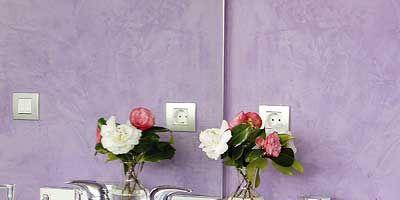 Room, Petal, Bouquet, Flower, Purple, Pink, Lavender, Interior design, Glass, Cut flowers,