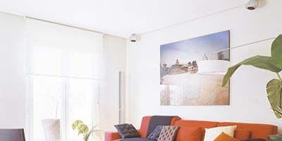 Wood, Room, Floor, Brown, Interior design, Flooring, Property, Wall, Home, Living room,