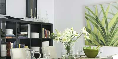 Room, Interior design, Glass, Table, Serveware, Wall, Furniture, Interior design, Dishware, Shelving,