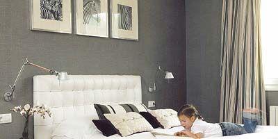 Room, Interior design, Bed, Property, Textile, Wall, Furniture, Bedding, Linens, Bedroom,