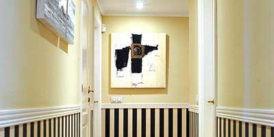 Wood, Floor, Room, Interior design, Property, Flooring, Wall, Ceiling, Line, Wood stain,
