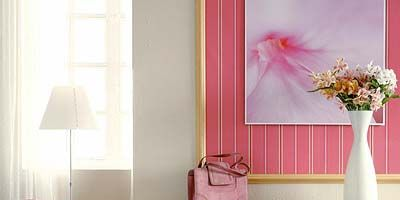Room, Interior design, Textile, Petal, Wall, Bouquet, Pink, Interior design, Home accessories, Cut flowers,