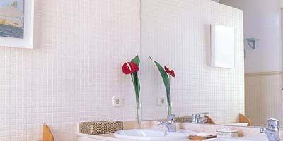 Room, Interior design, Plumbing fixture, Property, Bathroom sink, Tap, Wall, Interior design, Bathroom cabinet, Sink,