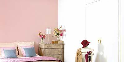 Room, Interior design, Bedding, Linens, Floor, Wall, Flooring, Bedroom, Bed, Bed sheet,