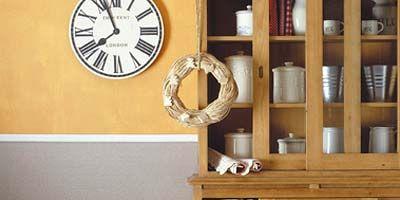 Wall clock, Flowerpot, Clock, Shelf, Circle, Home accessories, Shelving, Houseplant, Still life photography, Vase,