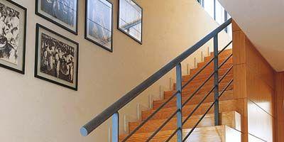 Pintar Las Paredes De La Escalera