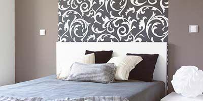 Bed, Room, Floor, Interior design, Wood, Wall, Property, Bedding, Textile, Bedroom,