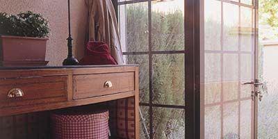Room, Interior design, Glass, Drawer, Cabinetry, Hardwood, Fixture, Chest of drawers, Shelving, Shelf,