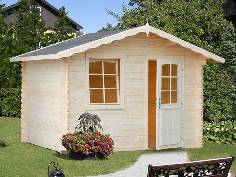 Property, House, Real estate, Building, Garden, Land lot, Roof, Door, Fixture, Shrub,