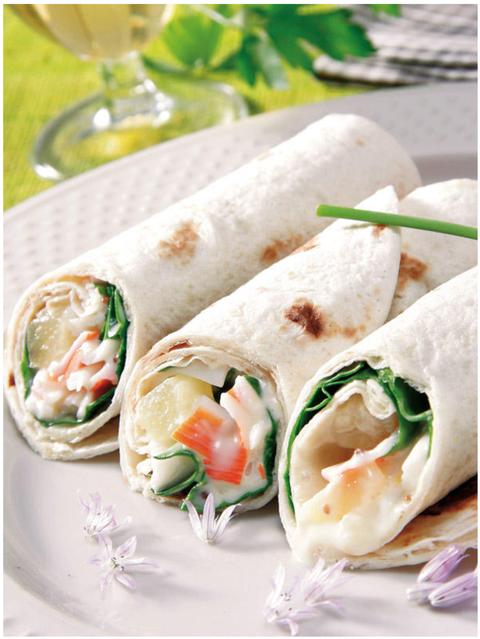 Dish, Food, Cuisine, Sandwich wrap, Ingredient, Spring pancake, Burrito, Wrap roti, Staple food, appetizer,