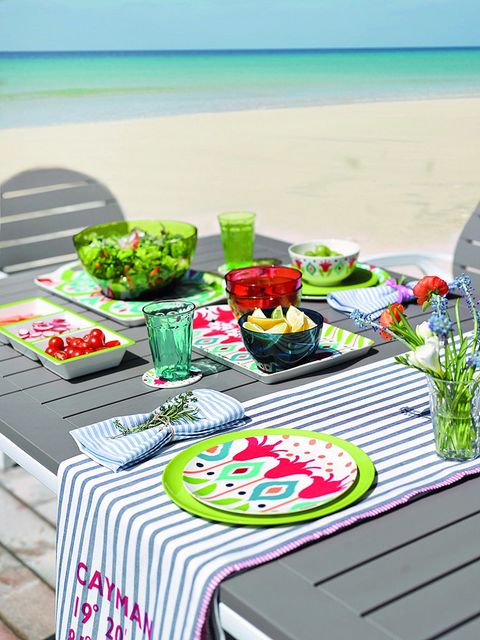 Tablecloth, Linens, Home accessories, Aqua, Outdoor furniture, Outdoor table, Dishware, Beach, Serveware, Cut flowers,