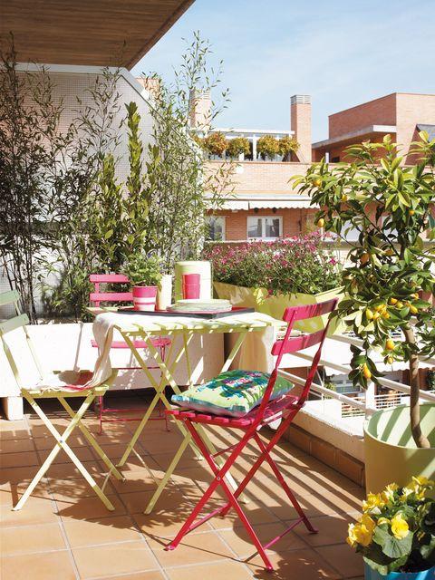 Table, Furniture, Chair, Outdoor furniture, Outdoor table, Flowerpot, Patio, Garden, Backyard, Home,