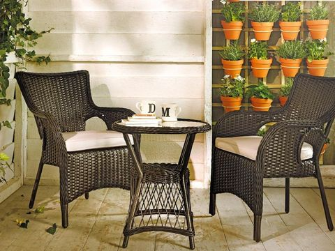 Furniture, Table, Flowerpot, Chair, Houseplant, Produce, Coffee table, Peach, Outdoor furniture, Natural foods,
